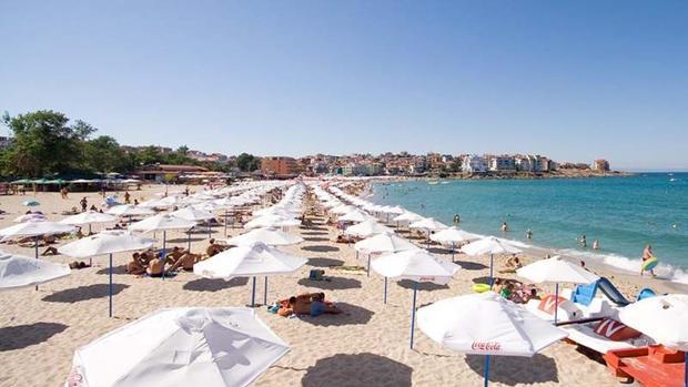 Любим на хиляди българи плаж изуми пловдивчанин с ниските си цени, започващи от 0 лева! СНИМКИ