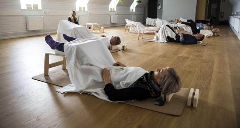Във Финландия официално приеха, че може да се спи по време на работа и дори ти плащат за това!