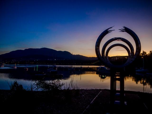 Tasman Bridge Memorial at Montagu Bay