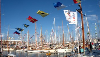 Hobart's docks are filled to capacity during the Australian Wooden Boat Festival