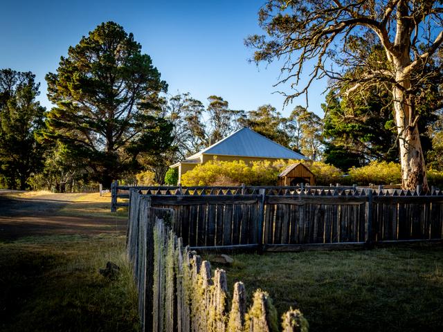 Steppes Homestead, central Tasmania