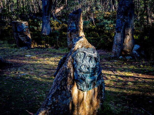 Tasmanian Tiger - Steppes Sculptures by Stephen Walker