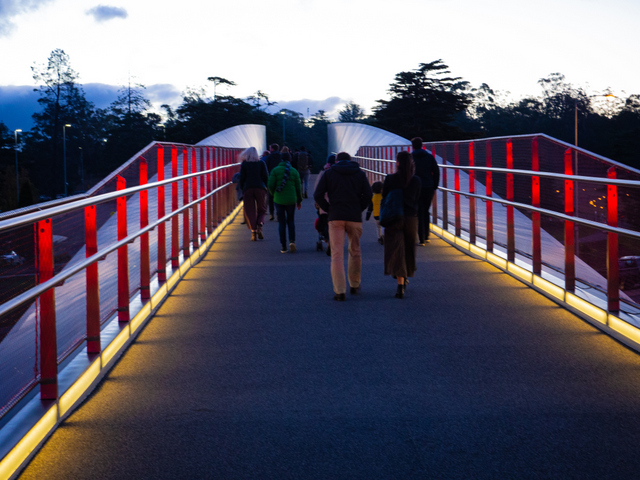 Heading over the Bridge of Remembrance and along the Dark Path