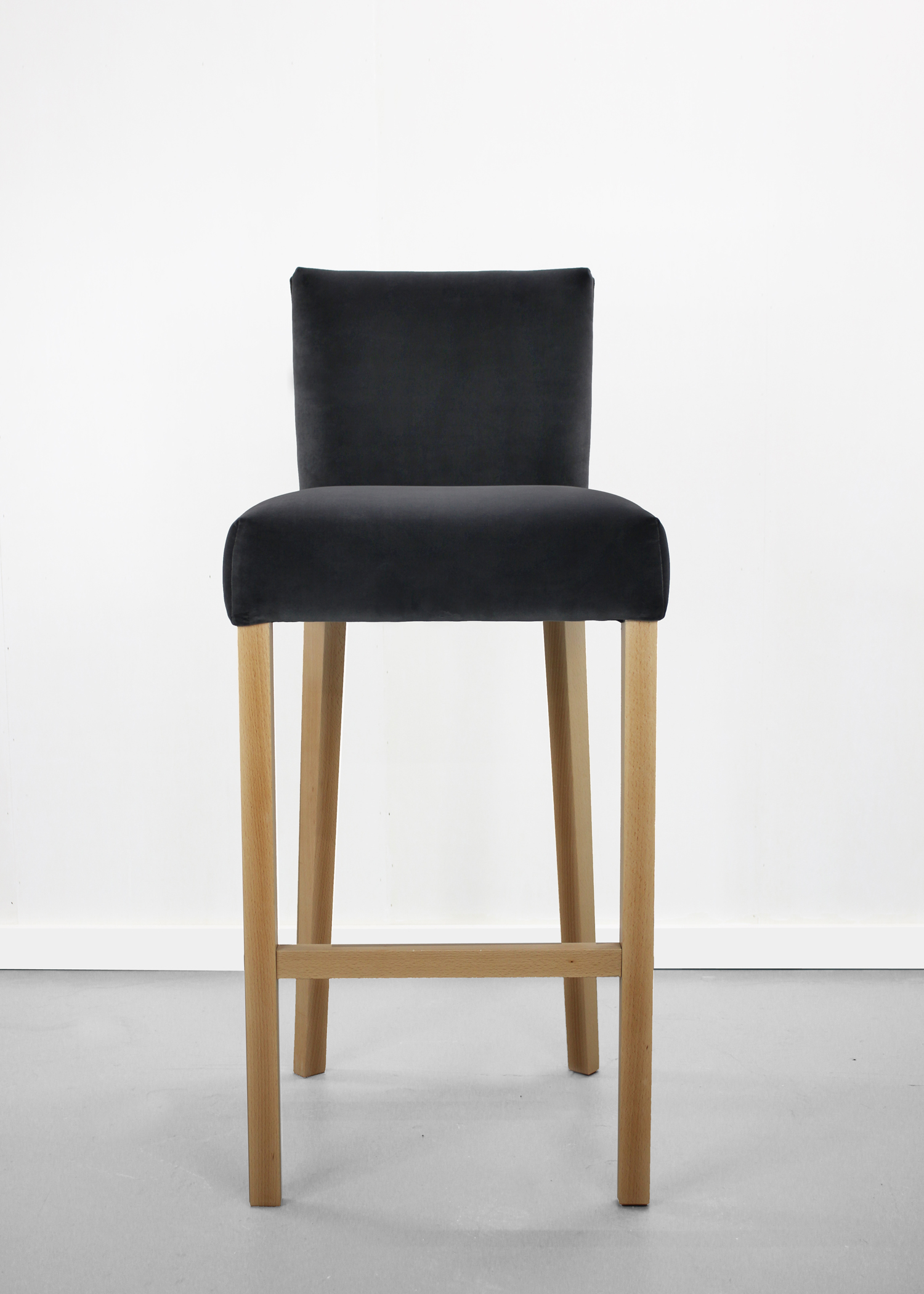 Dorchester bar stool