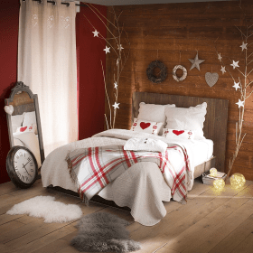 bedroom christmas decor rustic decorating idea gorgeous decorations bedrooms bed holiday bedding beauty sets walls woodsy wall natural wreaths pillow