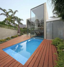 square located contemporary foot homedit peru lima planicie 2786 pools modern pool ground freshome