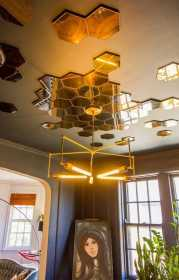 Ceiling Mirrors Trend That Becomes Actual Again