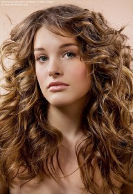 wavy hair long layered haircuts haircut curly layers length hairfinder bangs naturally feathers difference step between layering scrunching gvenny types