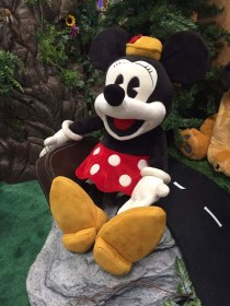 Folkmanis Disney Puppets Previewed At The New York Toy