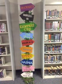 library displays decor classroom decorations elementary libraries bing middle books bulletin schools boards decoration decorating themes start display inspired amazing