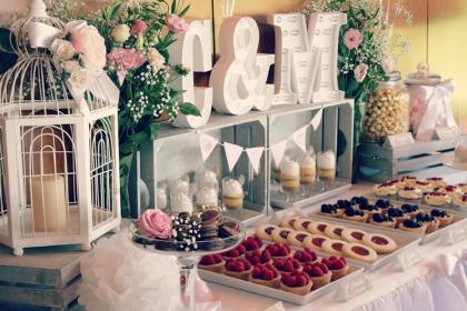 mesa boda bodas dulce dulces mesas postres candy granollers guardado desde cookiesparadise bar eventos uploaded