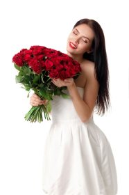 woman young roses smiling happy premium pretty joven hermosa rosas rojas ramo gran mujer hairstyle bouquet