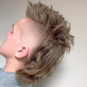mullet haircut mohawk hairstyles hairstyle haircuts mullets homme sides coupe cheveux messy fade menshairstyletrends shaved coiffures menshairstylestoday kapsel mulet cabello