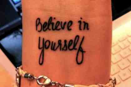 frases tatuajes mujeres cortas tattoo tattoos brazo believe mujer tatoo yourself wrist hombres quote mejores frase pequenos imagenes never mismo
