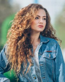 curly hair long haircuts thick layered hairdo curls hairstyles wavy natural extra cuts care short hairstyle stunning special medium lange