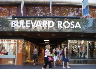 barcelona shopping shops stores bulevard rosa department outlets centers directory gran plaza