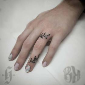 tattoos tattoo hand botanical stayglam gabriel source