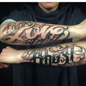 tattoo tattoos chicano lettering african instagram queen tatoos fonts