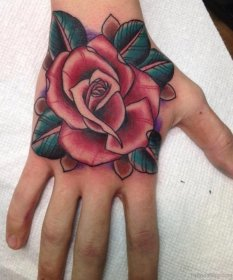 50 Cute Flower Tattoos On Hand