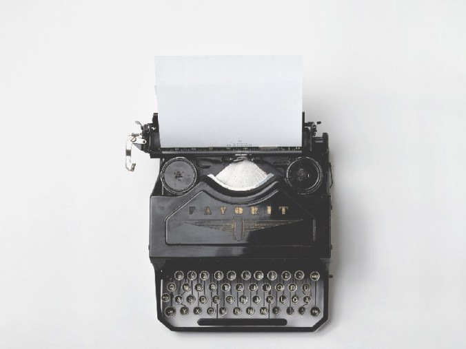 Jedes große Werk beginnt mit einem leeren Blatt Papier. Lassen Sie Ihrer Kreativität freie Tastatur!
