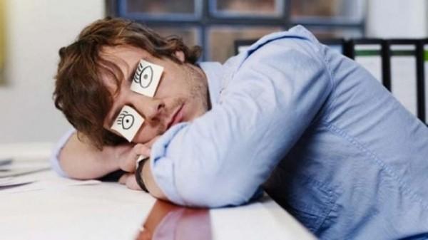 Как недосып влияет на вашу психику?