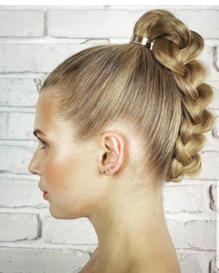 прически для длинных волос фото 1