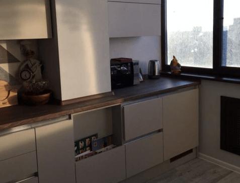 Кухню совместили с лоджией