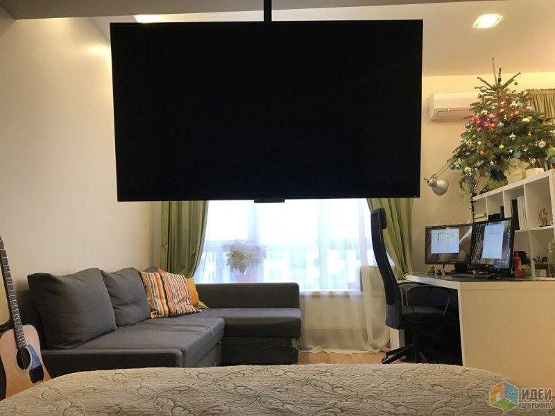 Вид из спальни в гостиную