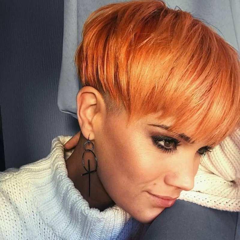 короткие стрижки для рыжих волос фото 17