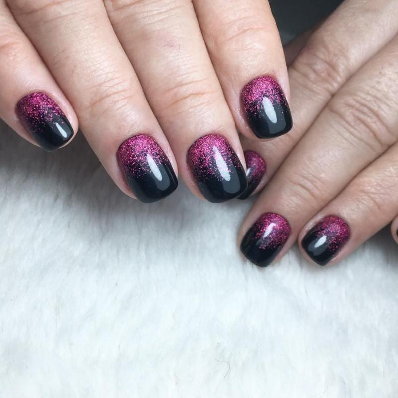 короткие темные ногти_27