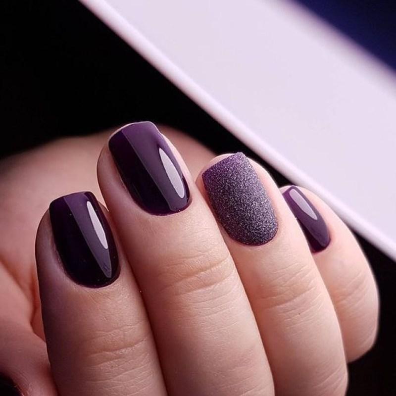 короткие темные ногти_1