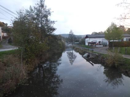 Pohled k mostu u Čermáků