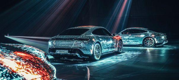 Taycan Turbo, 2020, Porsche AG Taycan Turbo: CO2-Emission kombiniert 0 g/km, Stromverbrauch kombiniert 28,0 kwh/100 km ©Porsche