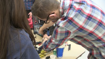 """""""Take it Apart Day"""" helps kids see how things work."""