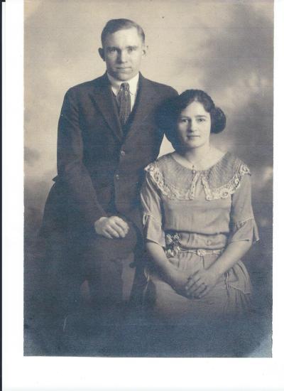 Del  Ethel Wedding Picture