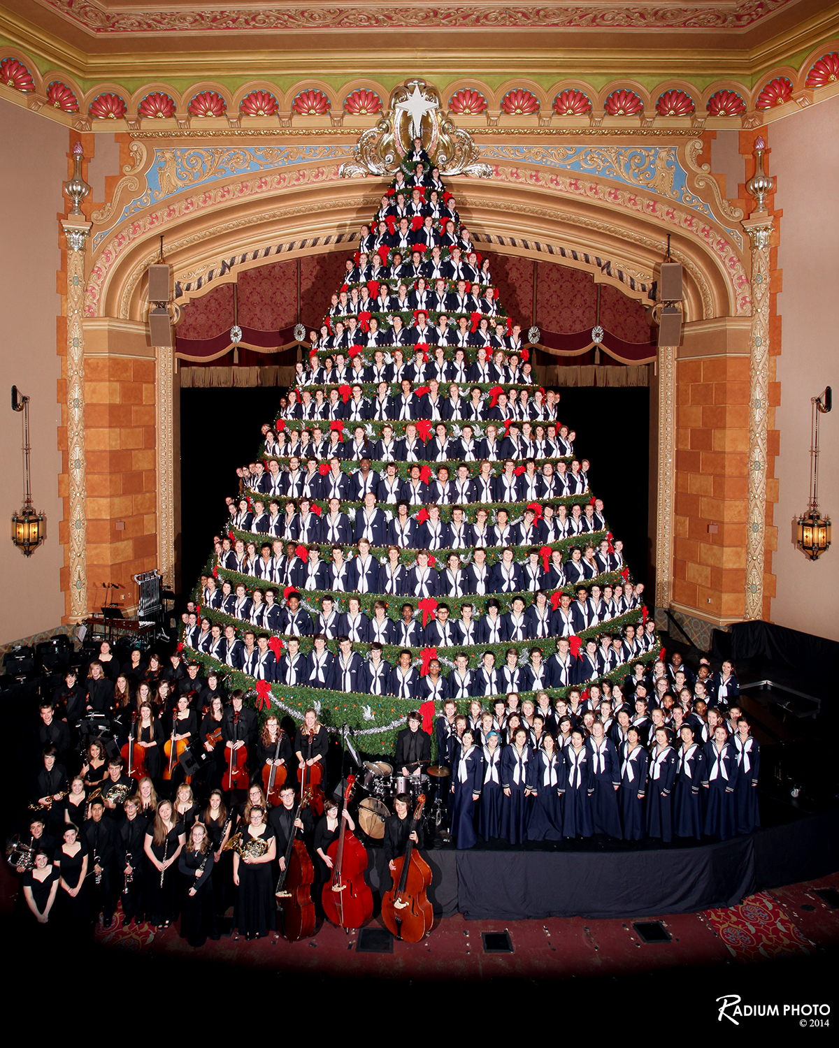 Mona Shores Singing Christmas Tree | WKTV Journal