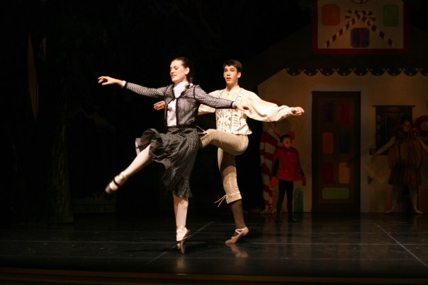 hansel-and-gretel-careballet