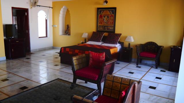Inde 27 Septembre - route pour Bundi 034