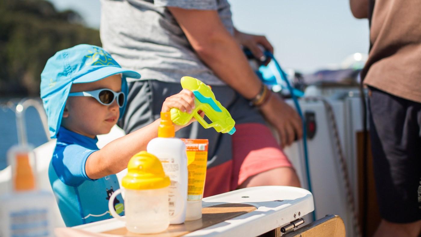 valise pour une croisière en voilier avec un enfant