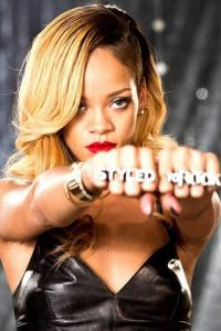 #NowNews : Otro día, otro récord para Rihanna