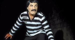 #Curiosidades El disfraz de moda para este Halloween; El Chapo Guzmán