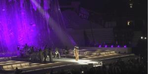 #NowNews: Rihanna rinde tributo a Prince