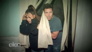 #NowNews: ¡ Ariana Grande pasó una terrible noche en esta casa del terror !