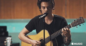 #MúsicaNueva : En versión unplugged Harry Styles lanza su video Two Ghosts (+Video)