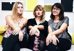 #LoMásViral : Mira como enloqueció #TaylorSwift  a 100 de sus fans