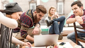 #Curiosidades : 5 cosas que todos los Millennials hacen, ¡No te salvas de alguna!