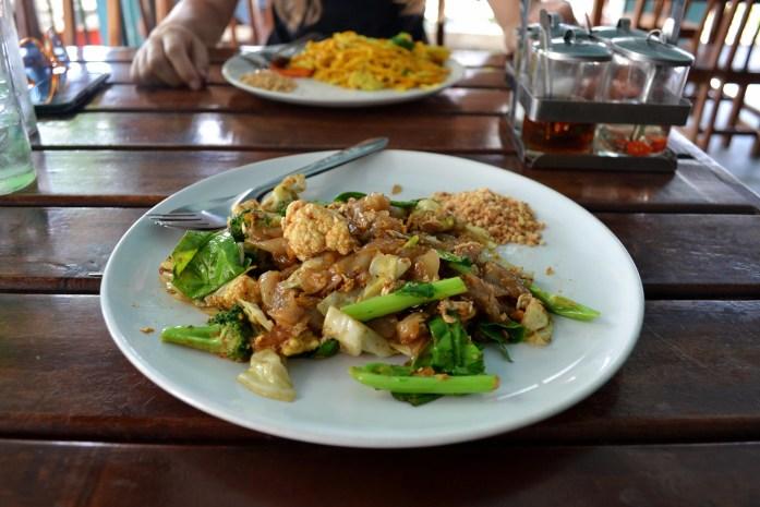 koh samui nuddle plat thaï manger noworries