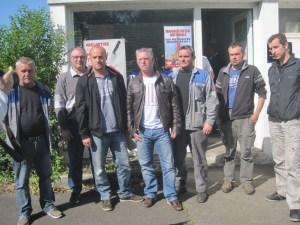 Pierre Le Ménahès à Lorient avec les salariés de SBFM