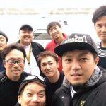 【画像】藤浪晋太郎さんの釣り仲間の集合写真wwwwwwww
