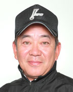 楽天イーグルスにNPB審判員だった中村稔さんが寮長として就任する